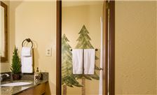 Stoneridge Resort - Studio Bathroom